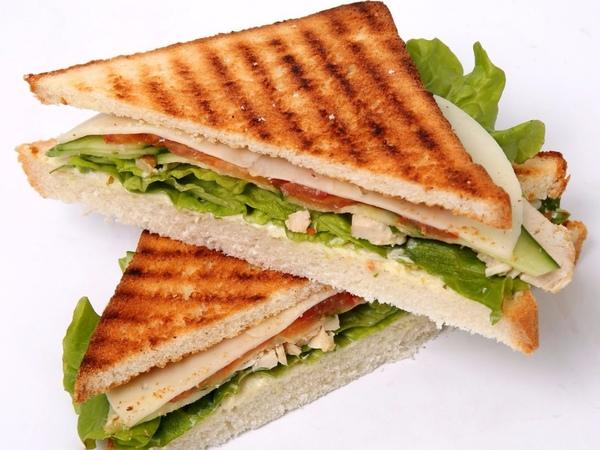 Экспресс опрос! Вводить ли в меню сэндвичи?