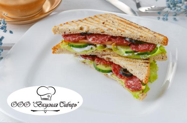 Сэндвич с салями