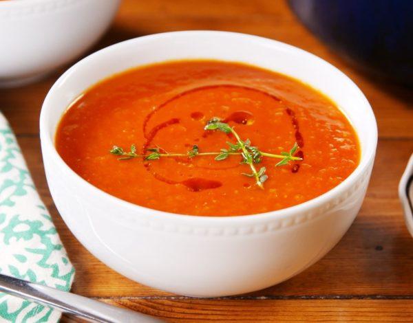 Холодный томатный суп со свежими овощами (острый)